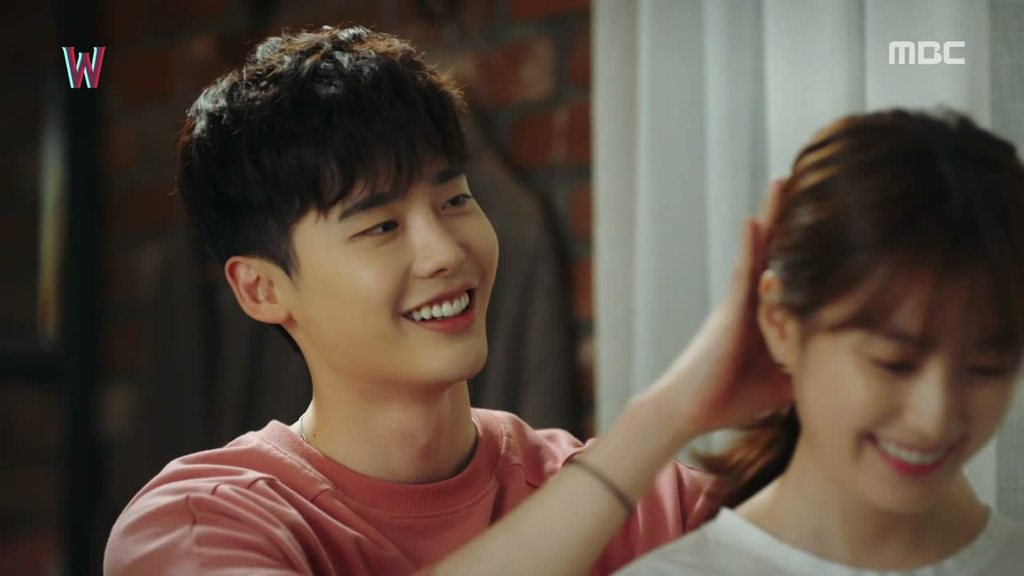W Two Worlds Episode 7: A simple romance in everyday life